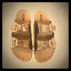 Mudd Copper Burk Style Slip Sandles XL